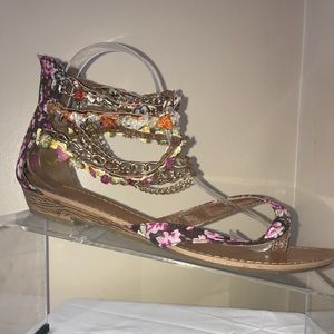 NINE WEST SANDALS! Sz 9! Sexy and cute!